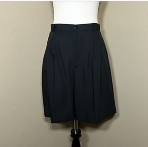 VTG High Waisted Shorts Black Pleated Rayon